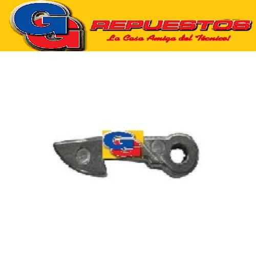 PESTILLO DE PUERTA LAVARROPAS ELECTROLUX 500/1007 WES 55solo BRASIL COPIA NACIONAL EN PLASTICO
