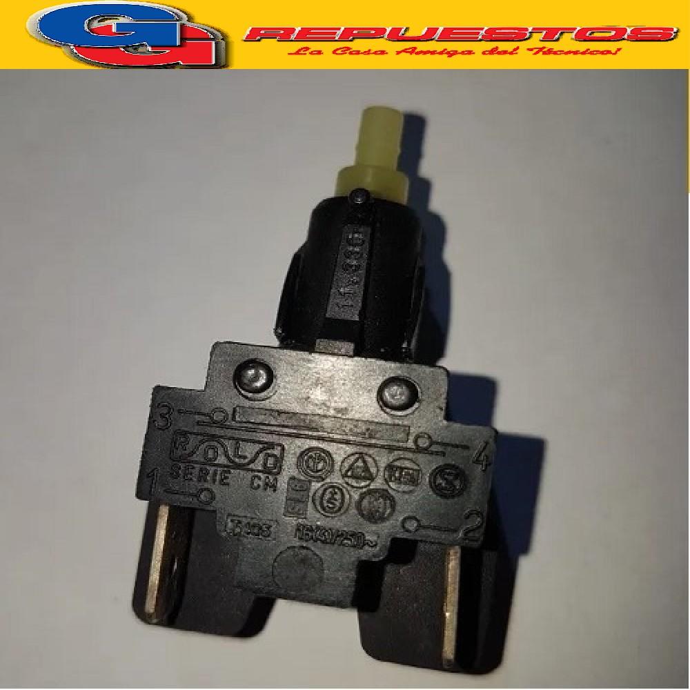 INTERRUPTOR PARA LAVARROPAS 4 CONTACTOS VARIOS WHIRLPOOL AWG108/Nueva Est.-AWF217 /Nueva Est.-AWF200- AWF210-AWF214-AWF215/1-LAVAVAJILLA ADG923- BALAY 4Sy5S Generación mod.5500 al 8157-8211-8212-8215-8216-8217-LYNX Serie LYT10000 al 26421-ARISTON MERLONI Note descrittive: Interruptor negro bastago R corto N.ro contatti 4 Tipo BIPOLARE Cod.Origen: 480127617063 (WHIRLPOOL) Produttore: METALFLEX PS310 CAA10 Produttore: ROLD EO.040 030358 (MERLONI ARISTON) MERLONI INDESIIT () BOSCH BALAY