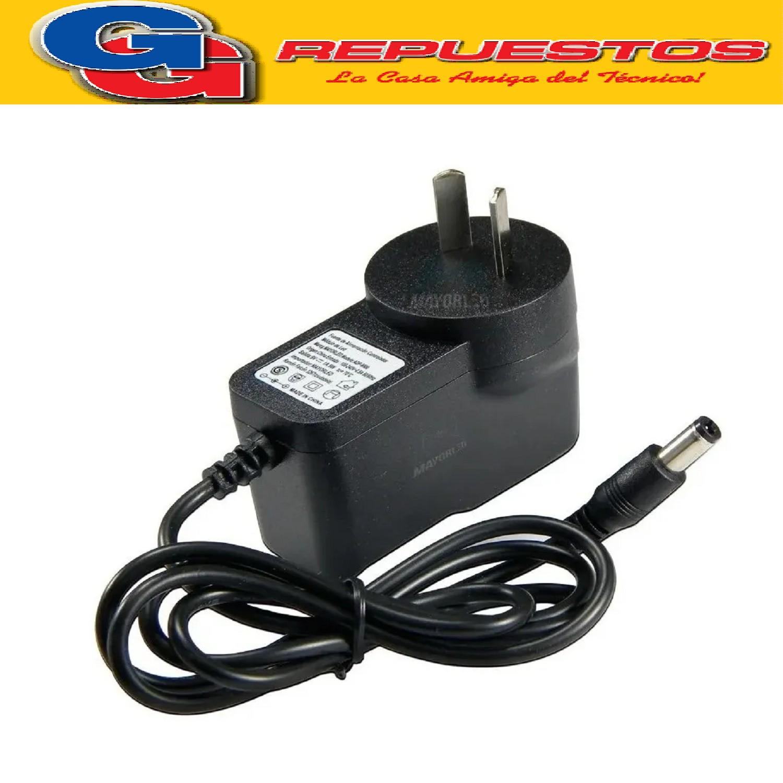 FUENTE 9V 1AMP SWITCHING PLUG 2,1MM CON CAMBIO DE POLARIDAD SP901-