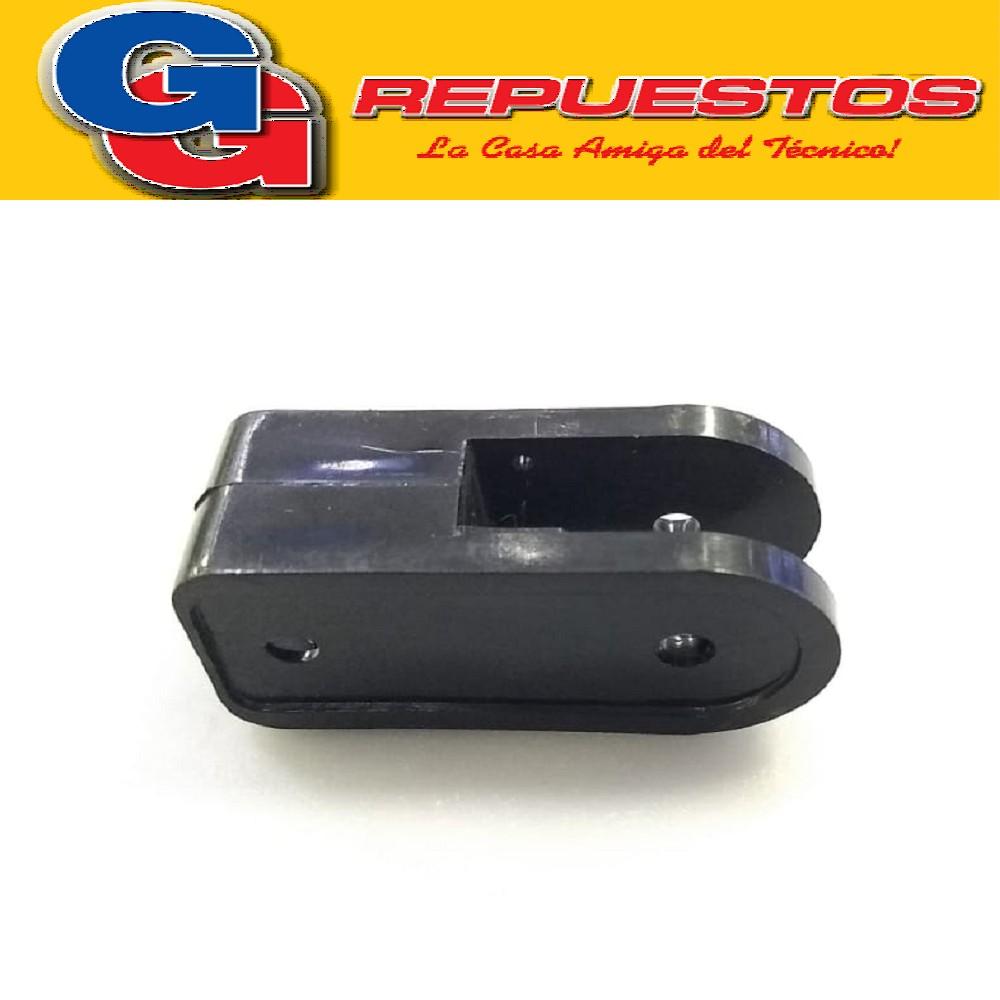 SOPORTE MOTOR VENTILADOR YELMO HORQUILLA ALTO 70 mm , ANCHO 33 mm ESPESOR 28 mm